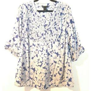 18/20 Lane Bryant Blue Cotton Floral Pintuck Top